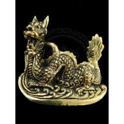 dragon statue cum pendant